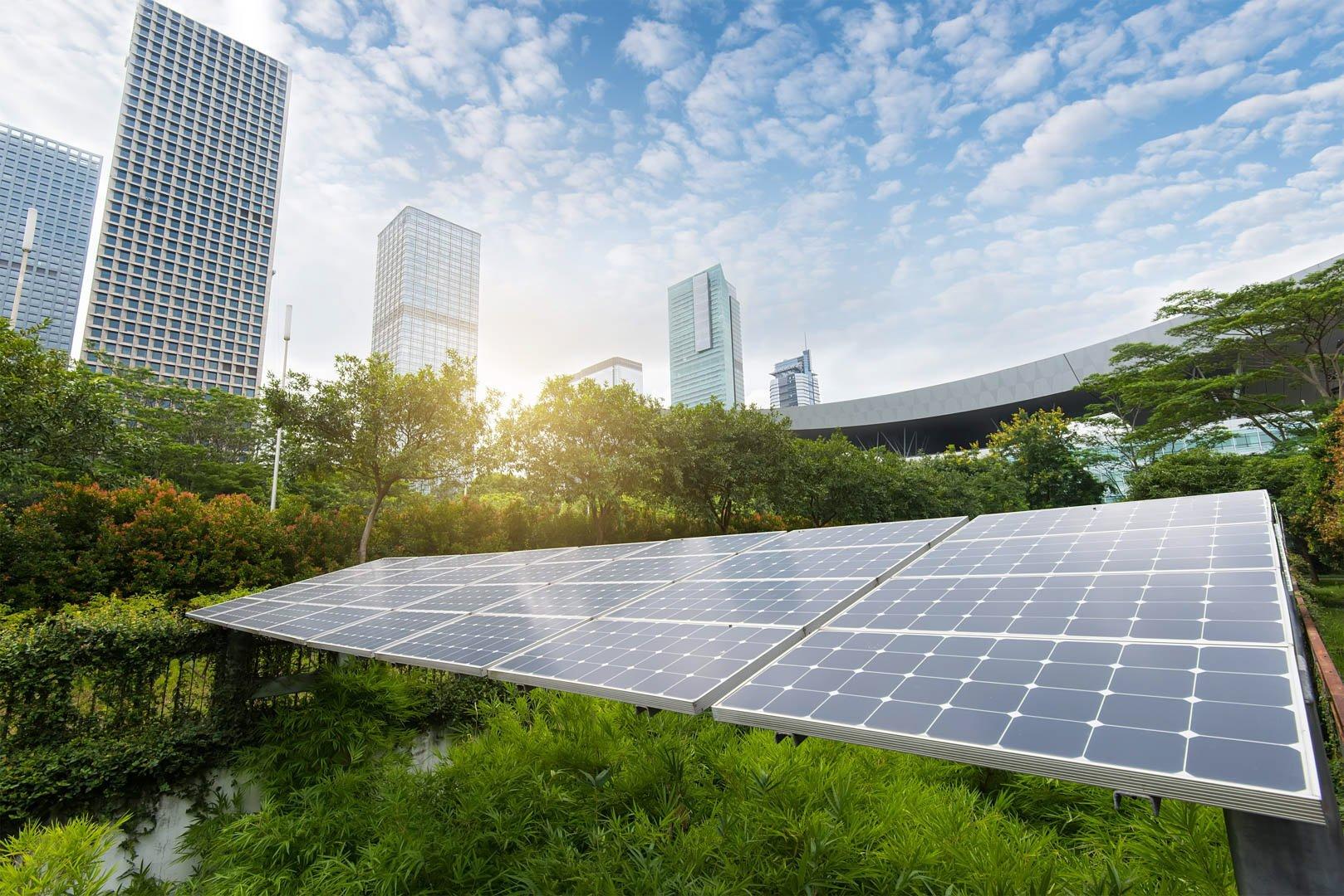 panneaux solaires et ville